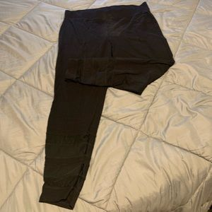 Black Cut our leggings